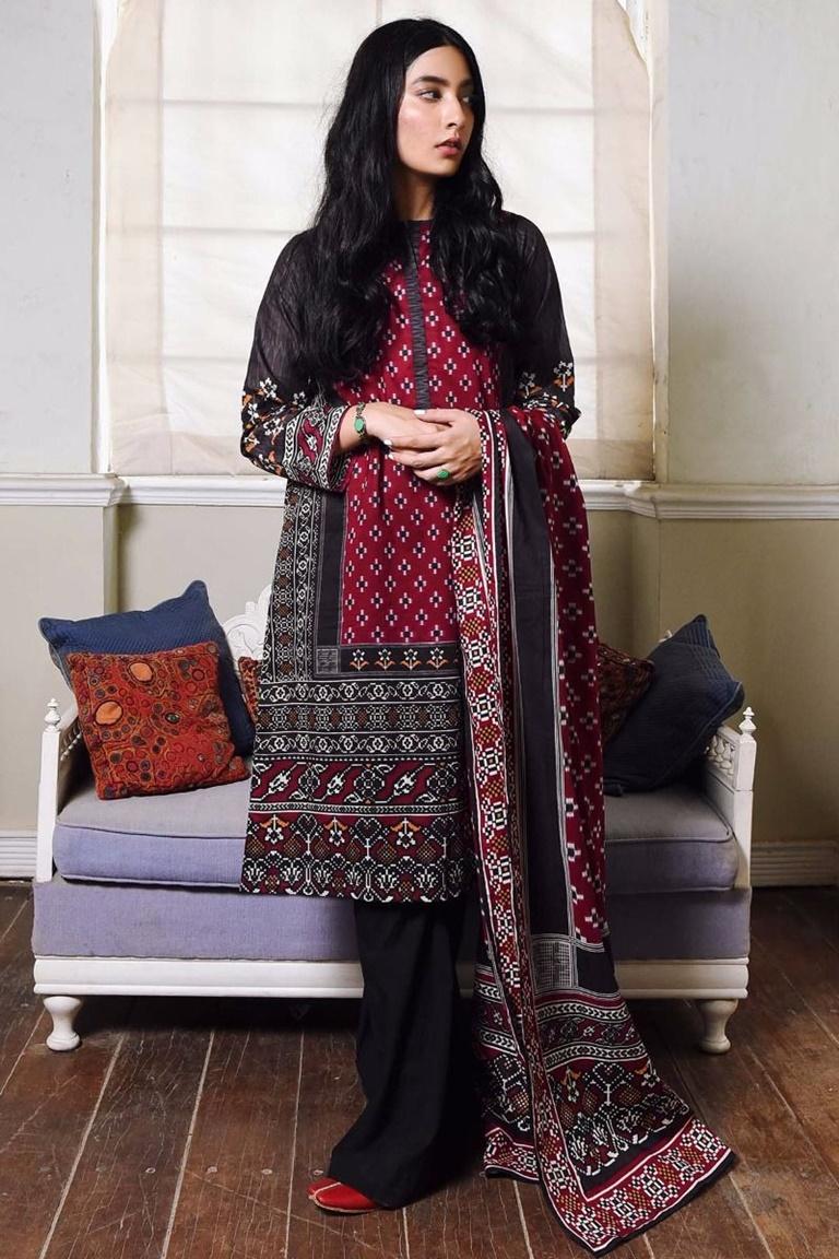 25 Elegant Winter Dresses For Pakistani Girls For 2017