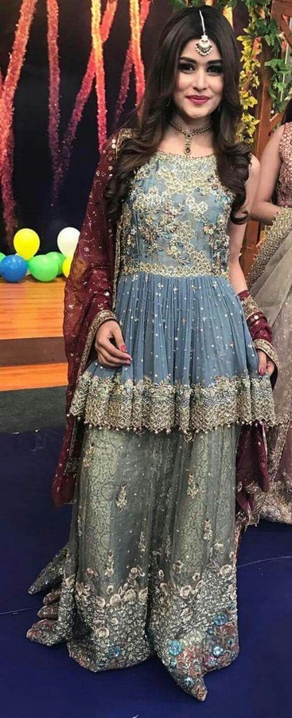 b360b0fd56 This is a dress to give the princess feels to the beautiful bride who is  all set to go for her mehndi function. This is a super cute dress where you  can ...