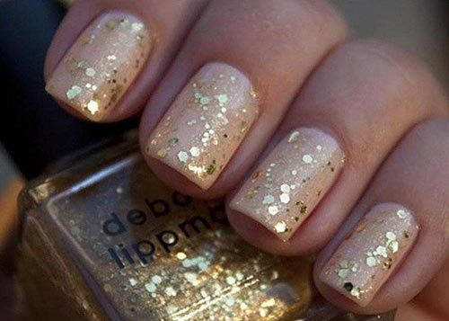 20 easy yet stunning nail art designs to try this year folder nude glitter nail art prinsesfo Image collections