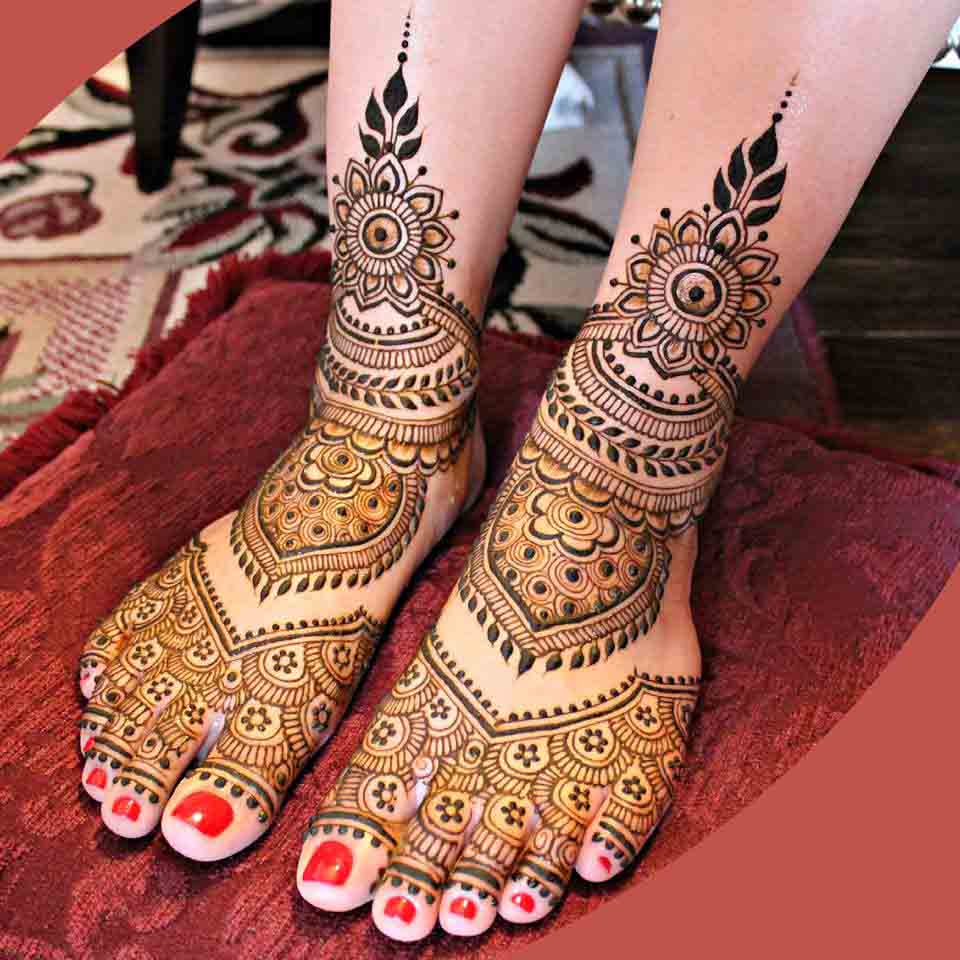 25 Fabulous Foot Mehndi Designs for Your Next Event , Folder