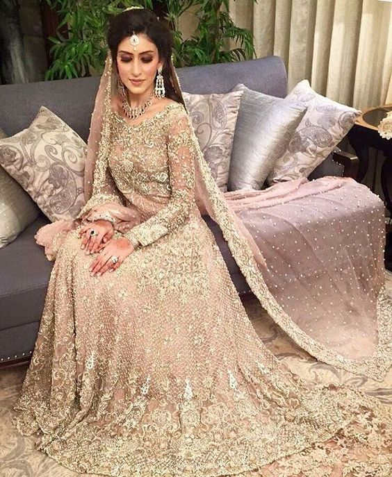 30 Stunning Pakistani Bridal Walima Dresses For Your Inspiration