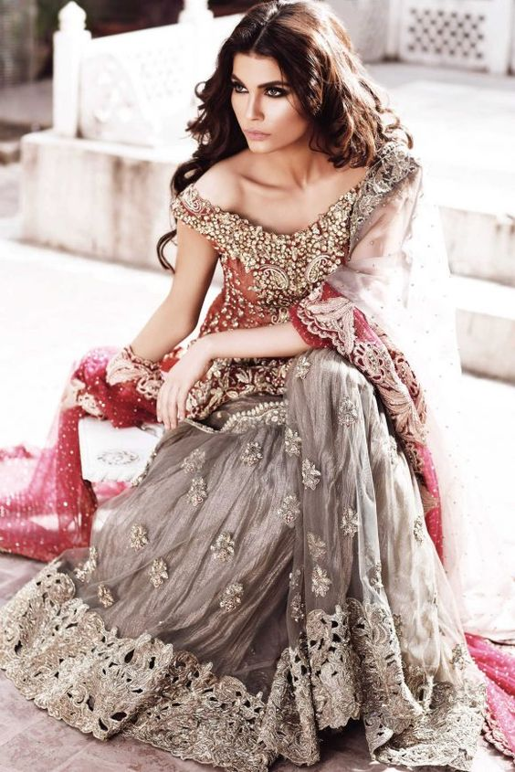 85ae7ac3ec4 30 Stunning Pakistani Bridal Walima Dresses for Your Inspiration ...