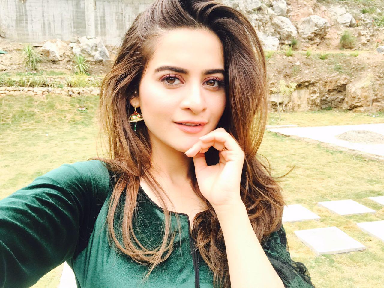 Popular Pakistani Actress And Model
