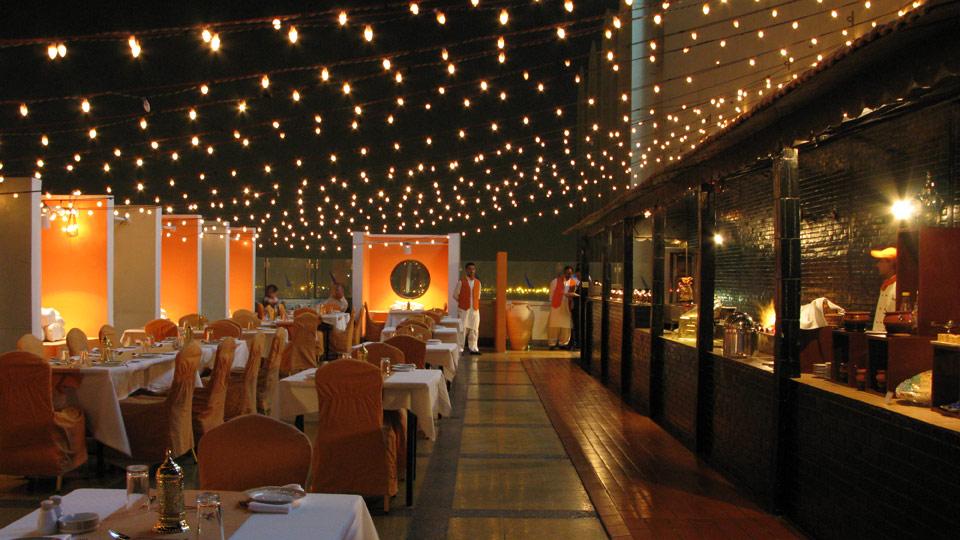 bedste dating restauranter i karachi