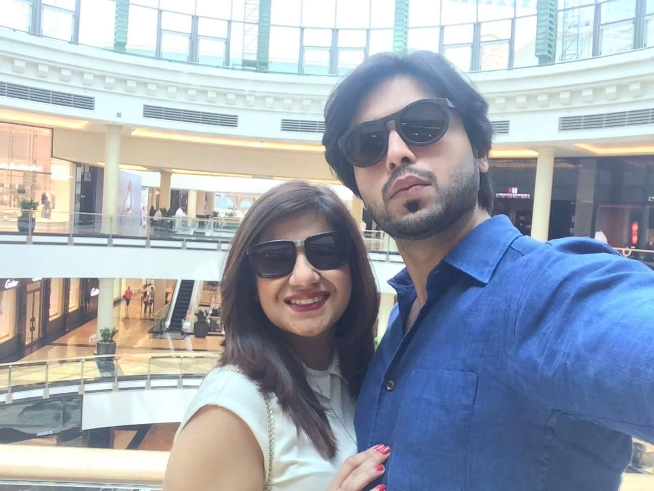 fahad mustafa wife and children - 5 beautiful family pictures - folder