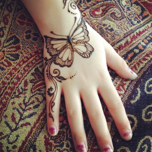 Mehndi Tattoo Design For Girls