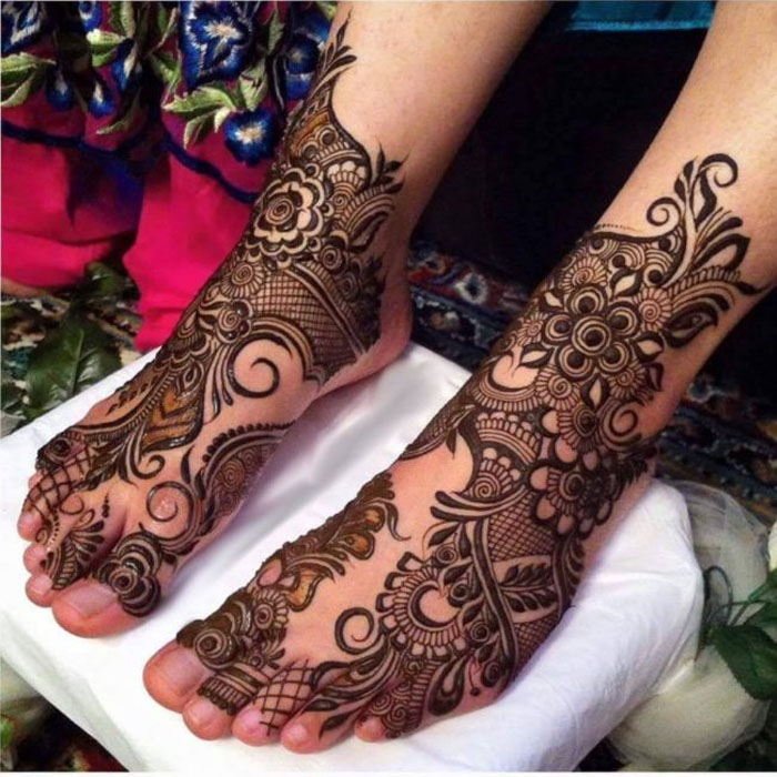 20 Best Foot Mehndi Design For Brides , Folder